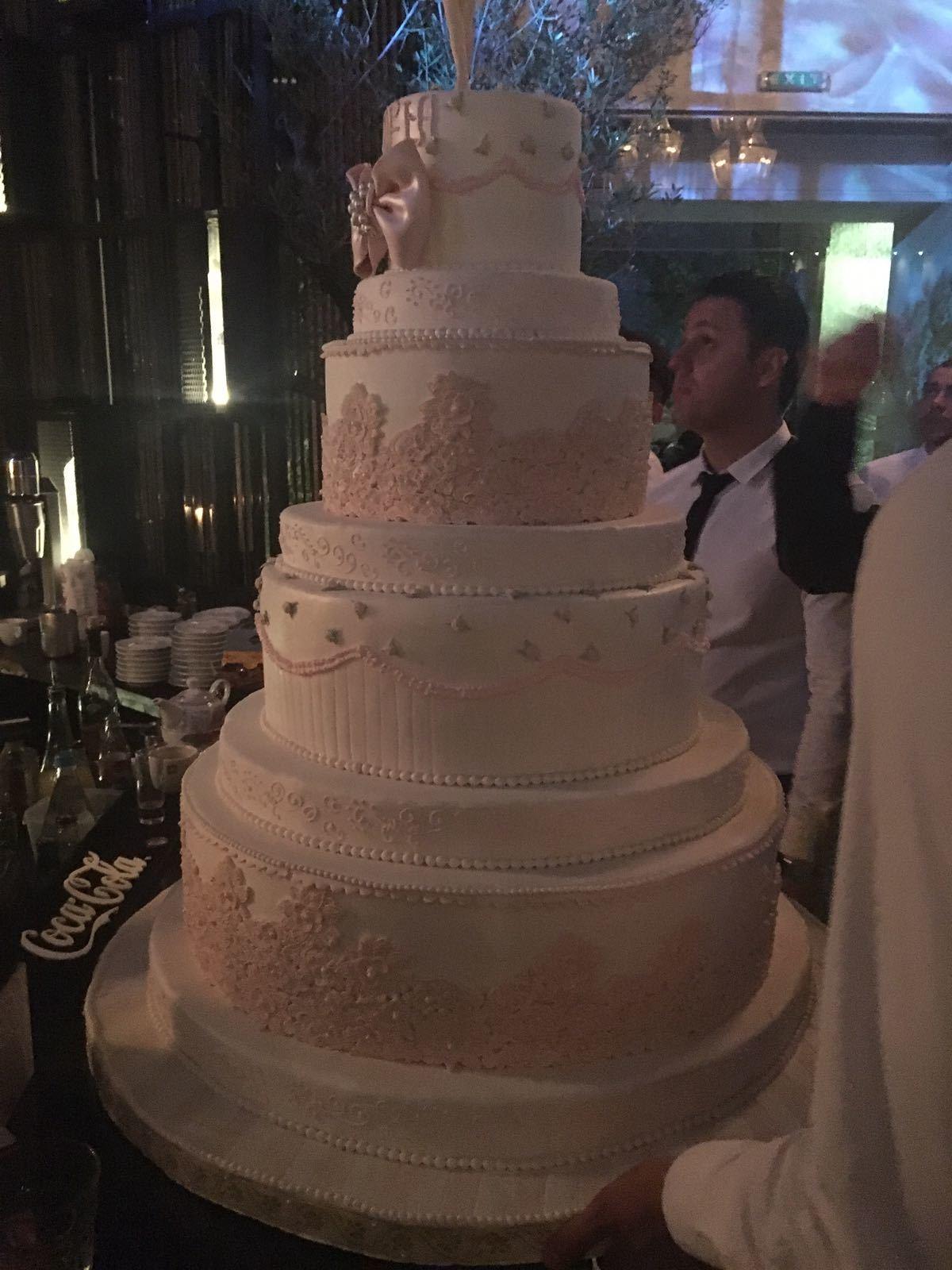 Tortul a fost apreciat de toţi invitaţii