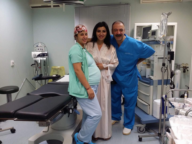 Adriana Bahmuţeanu, înainte de operaţia de impant mamar şi rinoplastie