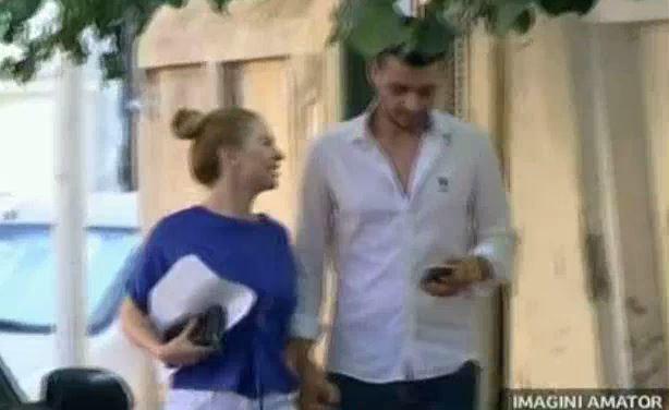 Alessia a fost alături de iubitul ei la maternitate