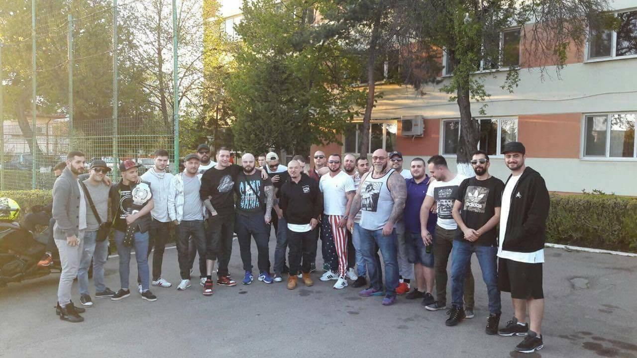 Daniel Chiraş, alături de Şişu şi Puya, dar şi de mai mulţi băieţi de cartier