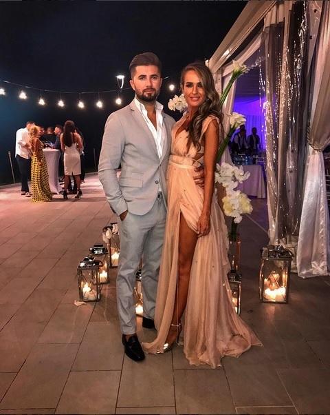 Diana Munteanu şi Bi şi-au asumat în sfârşit relaţia!