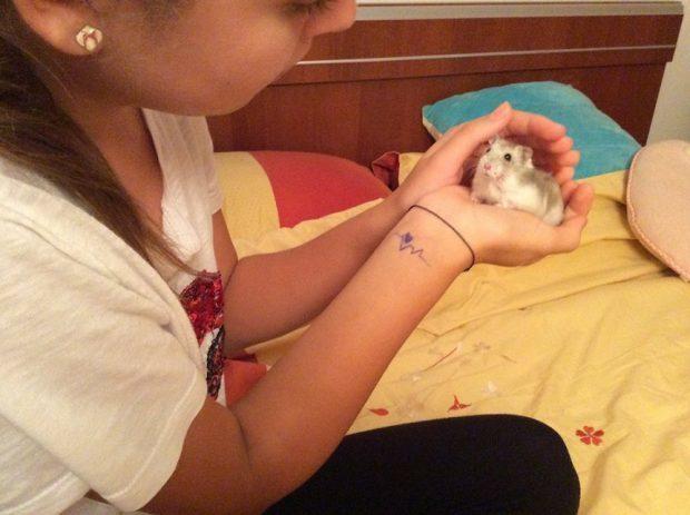 Raluca Moianu i-a luat fetiţei sale un hamster.