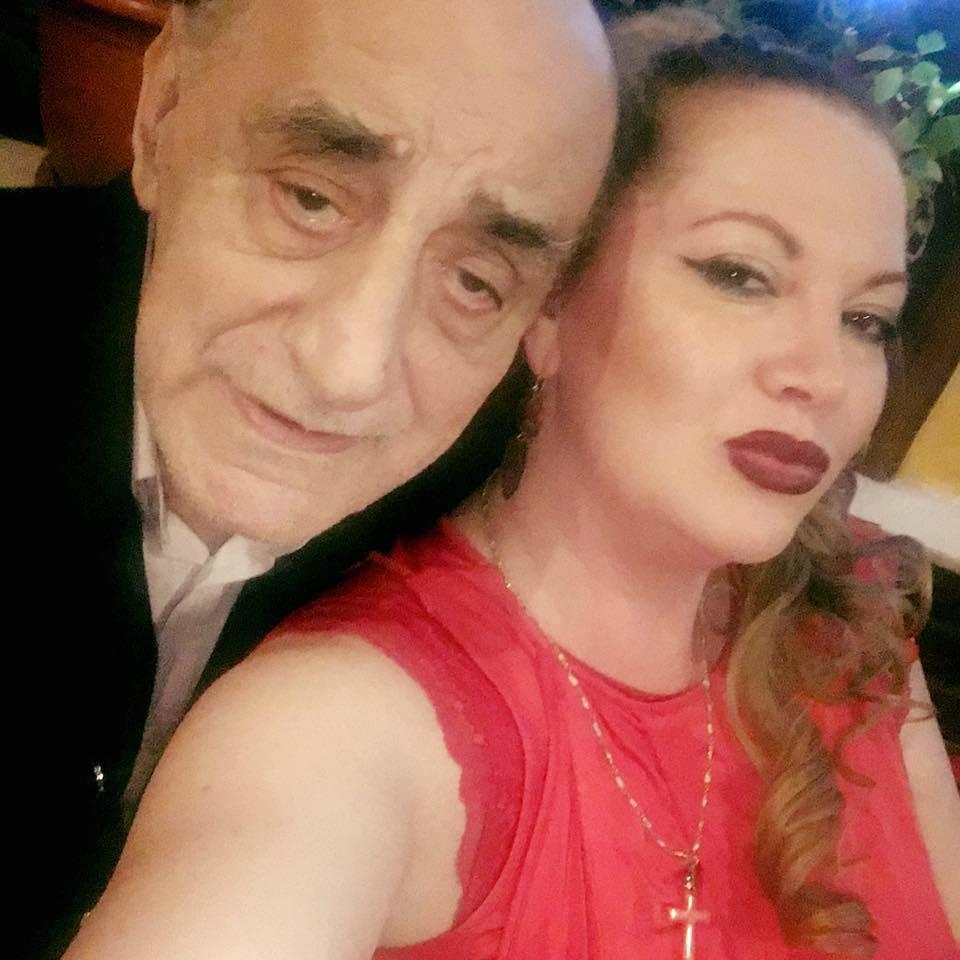 Oana şi Viorel Lis. După operaţia de colecist, fostul primar al Bucureştiului a slăbit 13 kilograme. Sursa foto: Facebook
