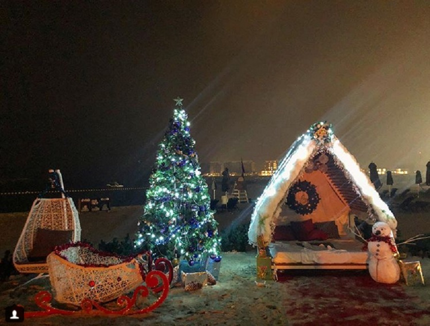 Radu Vâlcan face Crăciunul în Dubai alături de Adela Popescu şi fiul lor. Sursa foto: Instagram.