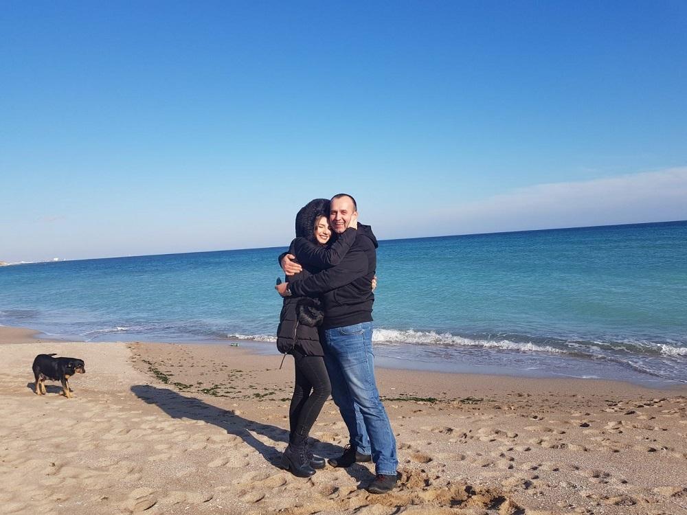 Ioana Toma şi Bogdan Grecu şi-au făcut recent declaraţii de iubire în public, dar apoi bruneta şi-a şters contul de Facebook. Sursa foto: Facebook