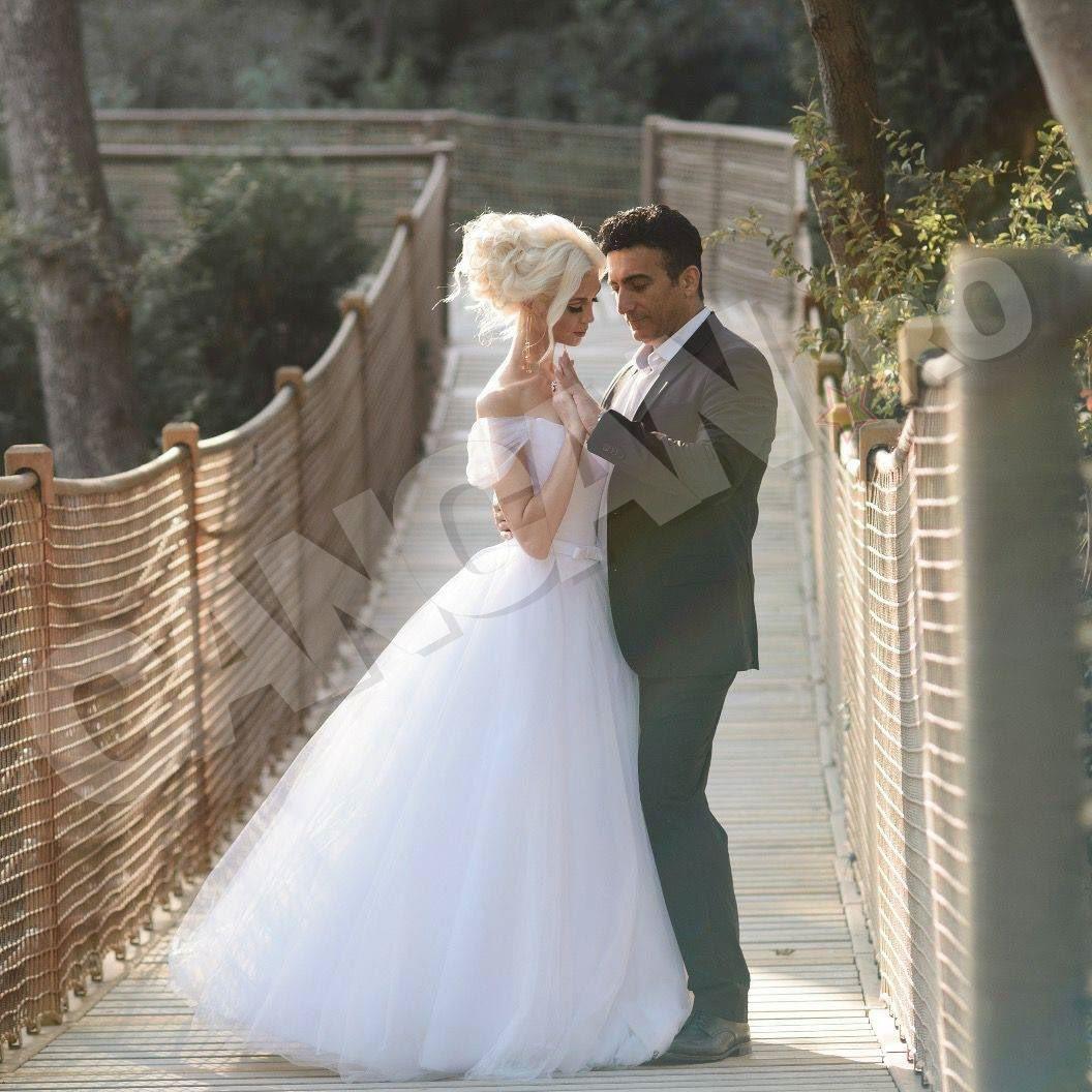 Diana Roibu s-a căsătorit cu omul de afaceri iranian Amir Badkoubeh