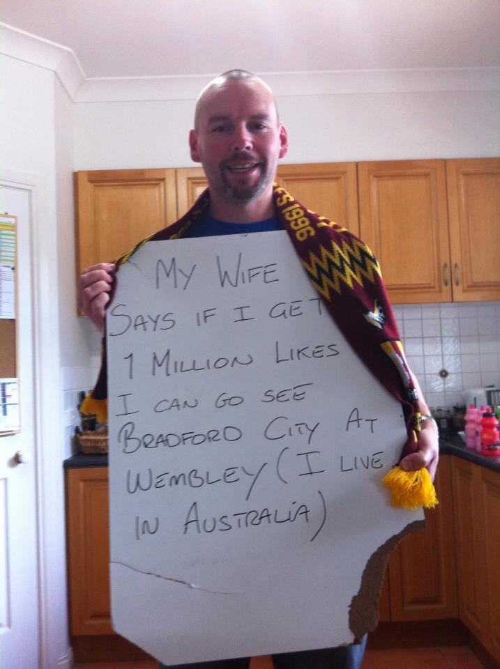 Gestul absolut impresionant al unui suporter! Uite ce a putut să facă să-şi convingă soţia să-l lase la un meci!