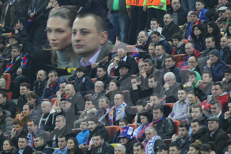 Madalina Draghici a venit la meciul Stelei alaturi de iubitul ei