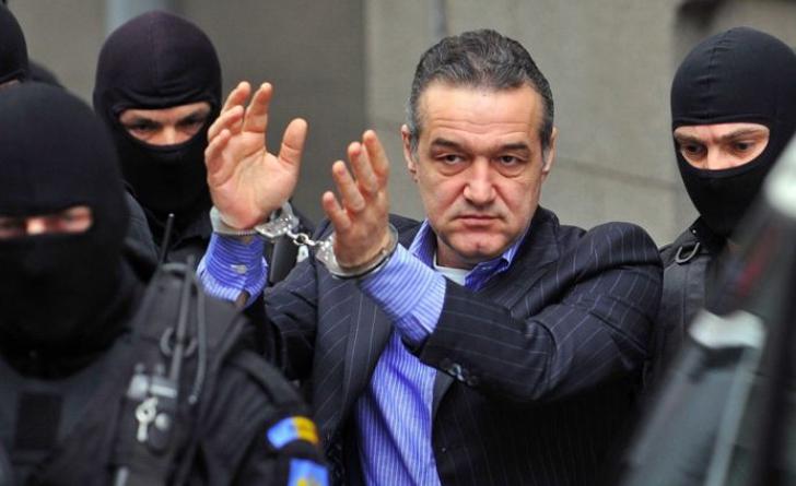 Gigi Becali este unul dintre detinutii de