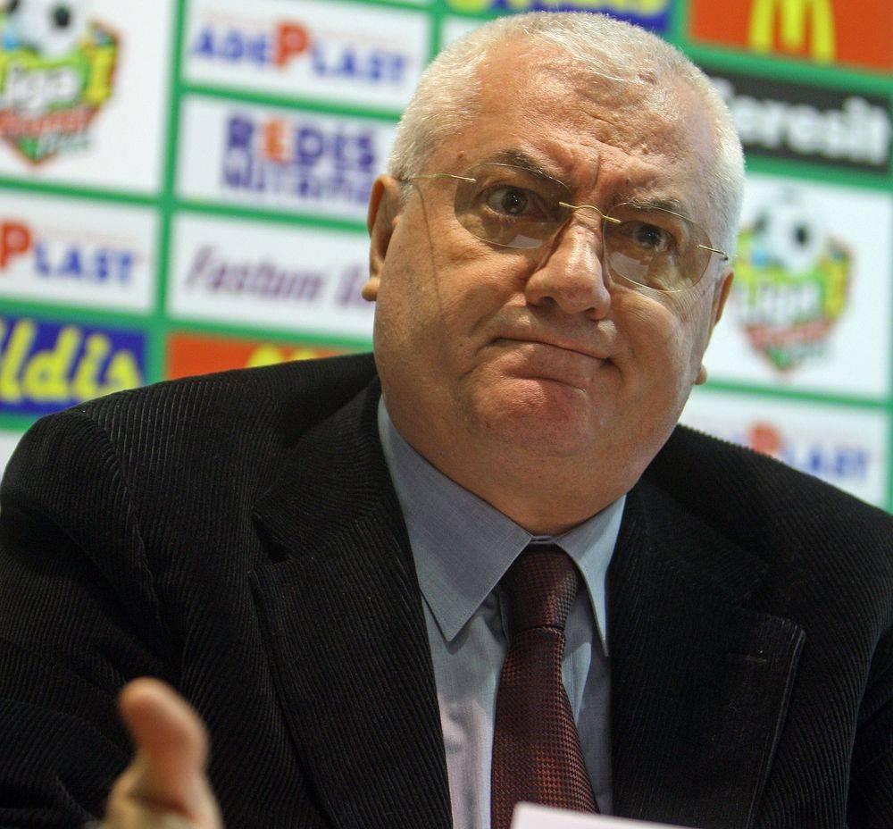 In 2013, Dragomir a plecat de la LPF