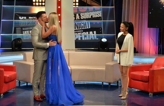 Bianca Drăguşanu i-a fost alături lui Victor Slav şi la prima lui emisiune în calitate de prezentator de la Kanal D