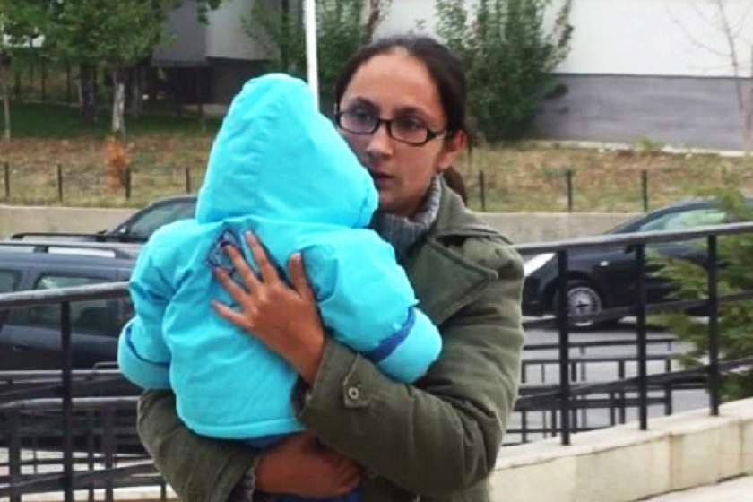 Melania Renghea a fost elliberată timp de un an ca să aibă grijă de copii