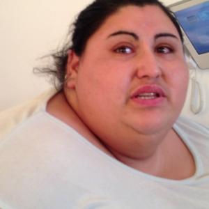 Cea mai grasă femeie din România s-a îngropat în datorii