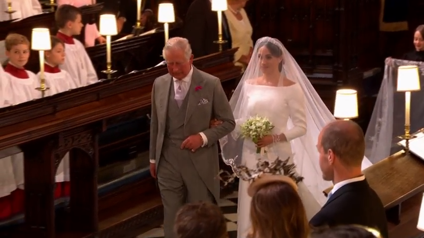 Meghan Markle a fost condusă la altar de către Prințul Charles