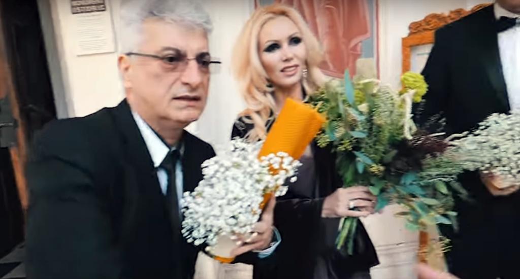 Prigoană și soția lui, nași pentru un cuplu celebru din România! Primele imagini de la nuntă
