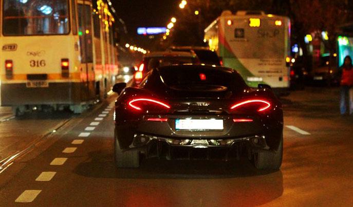 L-a facut pe Alibec! Cine conduce acest McLaren cu numere de Buzau