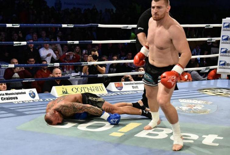 Moroșanu a ajuns în perfuzii! Anunț-șoc după ce l-a făcut KO pe Cuk la Craiova! VIDEO
