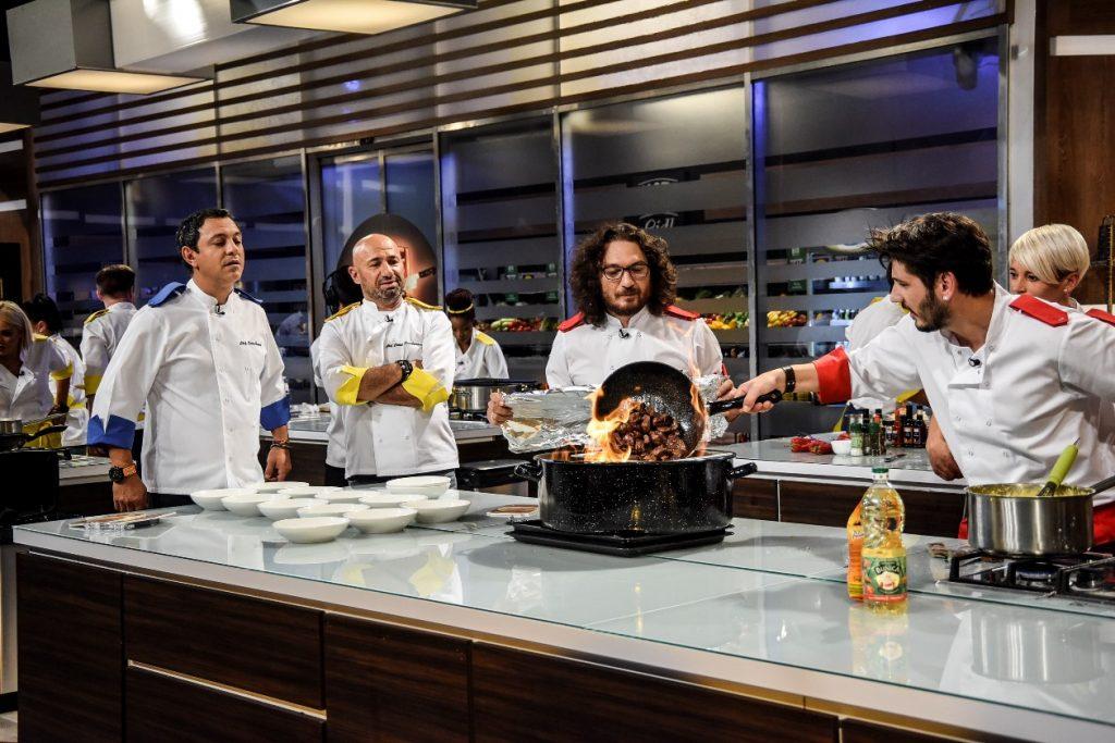 """Antena 1 a făcut anunțul oficial! Lovitură pentru Pro TV. Ce s-a întâmplat cu """"Chefi la cuțite"""""""