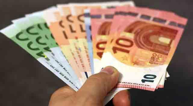 Curs valutar 18 ianuarie 2019. Incredibil câți lei a ajuns să coste 1 euro! Niciodată nu a fost atât de mult
