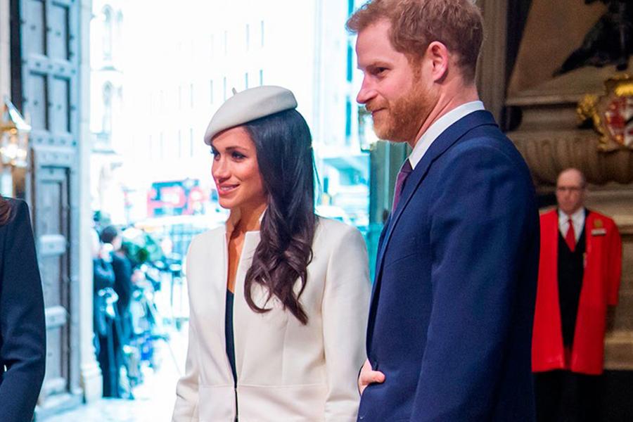 """Familia Regală anunță DIVORȚUL: """"Prințul Harry și Meghan Markle, despărțiți"""""""