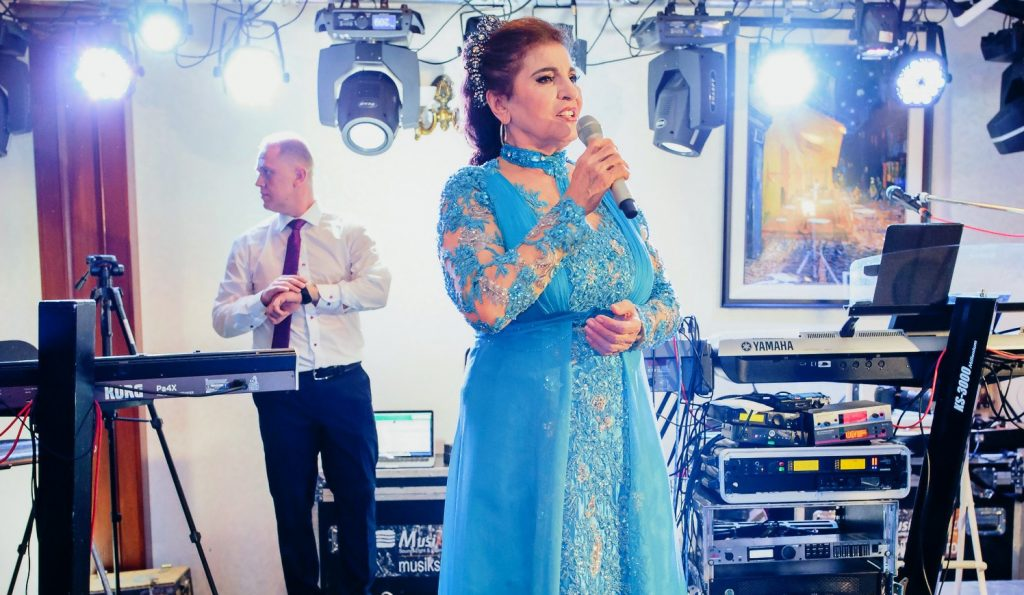 Irina Loghin, de urgență la spital. Diagnosticul este accident vascular