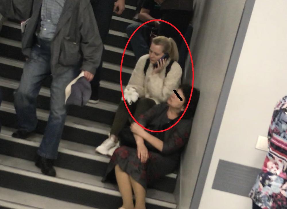 Simona Secrier, pe treptele spitalului