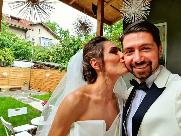 Imagini de vis de la nunta Adrielei, fosta parteneră a lui Smiley