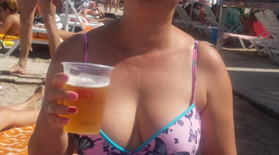 Nu este banc! Câți lei costă o bere pe plajă, în Mamaia!