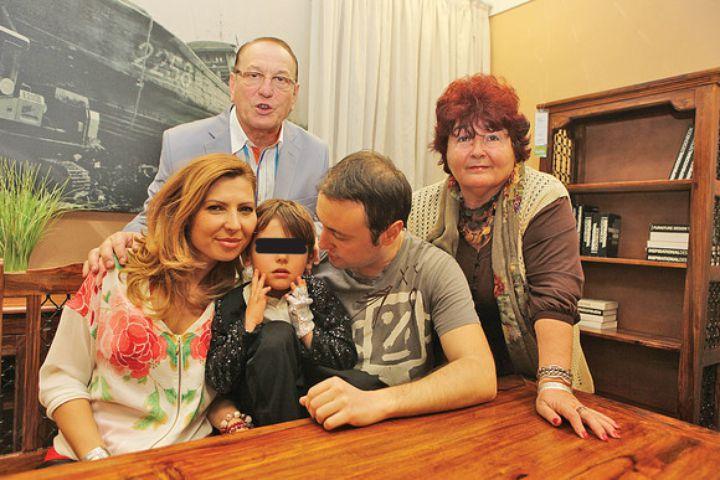 Familia Geambașu, în vremurile bune