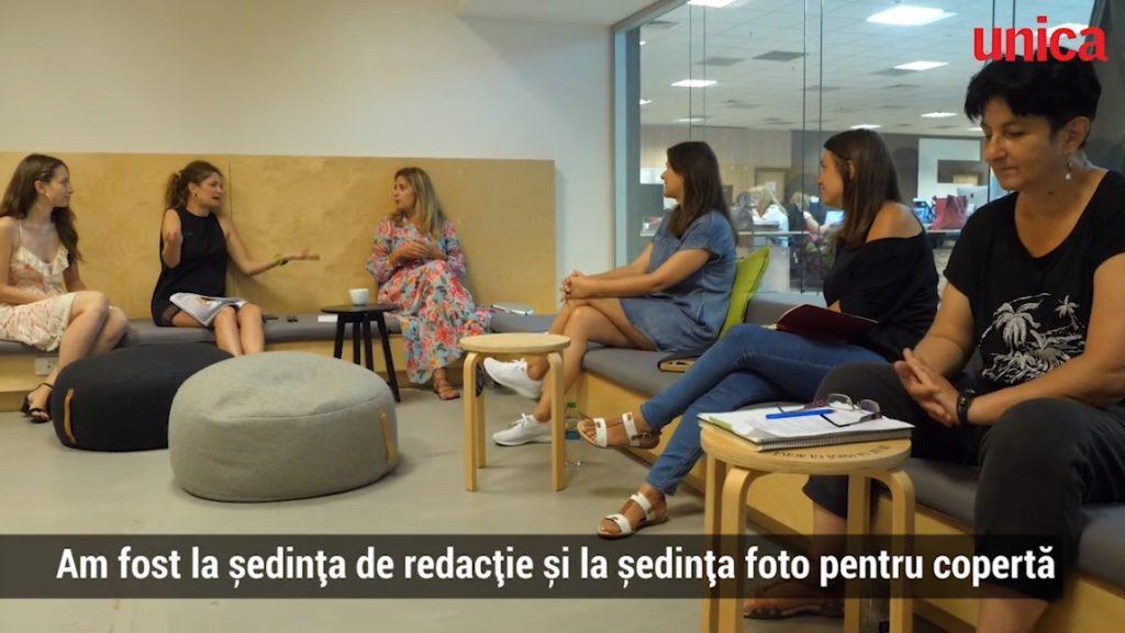 Amalia Enache, în timpul unei ședințe de la Unica, revistă pe care o va conduce timp de o lună © www.unica.ro