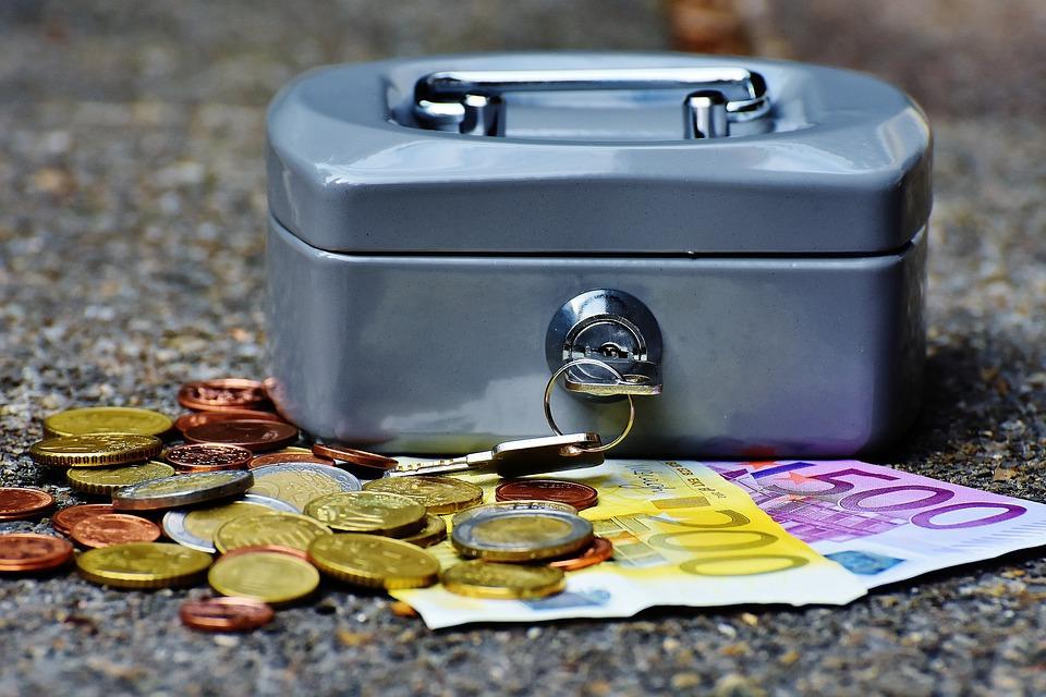 Curs valutar 24 septembrie 2019: sunt surprize la principalele valute! Cu cât s-a scumpit euro