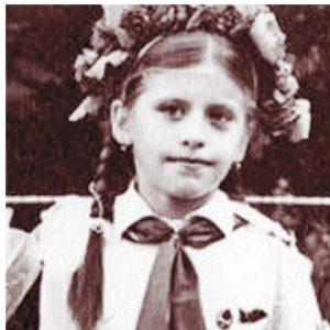 Loredana in prima zi de scoala