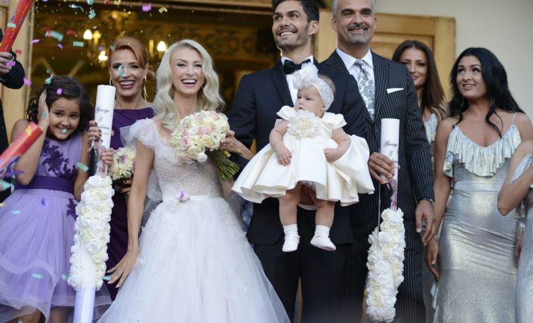 Ce cadou de neuitat au primit Andreea Bălan și George Burcea de la nașii lor, chiar în ziua nunții!