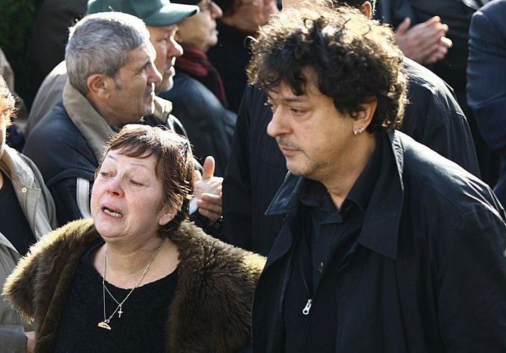 A murit fiul lui Iurie Darie. Ultimele imagini cu Alexandru în viață sunt cutremurătoare: era transfigurat de boală
