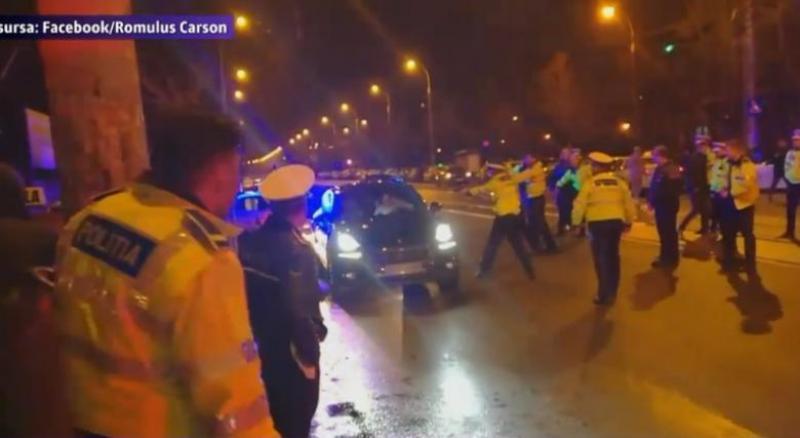 Momentul incidentului din trafic din 2017, când tânărul Ronnen Herșcovici a fost somat de agenții de poliție cu armele din dotare