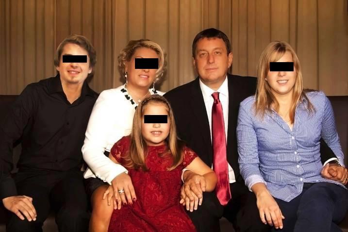 Familia lui Ovidiu Marian este în doliu, după ce fiul fostului senator a fost descoperit spânzurat într-o cameră de hotel © Facebook