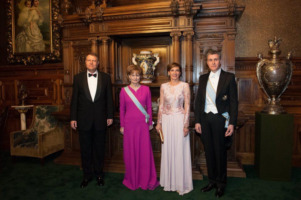 Klaus Iohannis, alături de soția sa și de Principesa Margareta și soțul Alteței Sale Regale, Principele Radu © Facebook