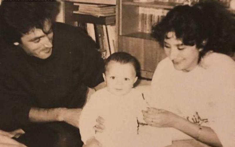 Viorica și Cristinel Dăncilă împreună cu fiul lor adoptat
