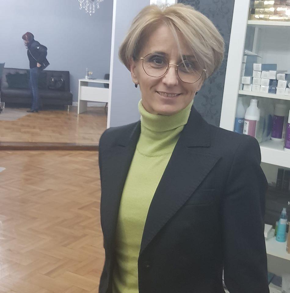 Dana Iaru are doi copii împreună cu Ionel Ganea