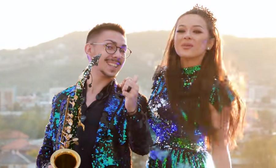 """""""Eu l-am..."""" Acuzată că și-a înșelat soțul cu saxofonistul ei, Vlăduța Lupău își desființează colegul"""