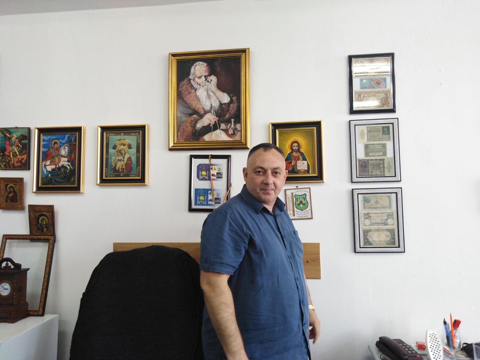 Florin Antonescu nu e doar colecționar, ci și restaurator