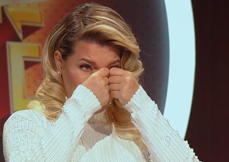 Gina Pistol a izbucnit în lacrimi în timp ce prezenta la Antena 1 cazul unei mame care are nevoie de ajutor - Cancan.ro