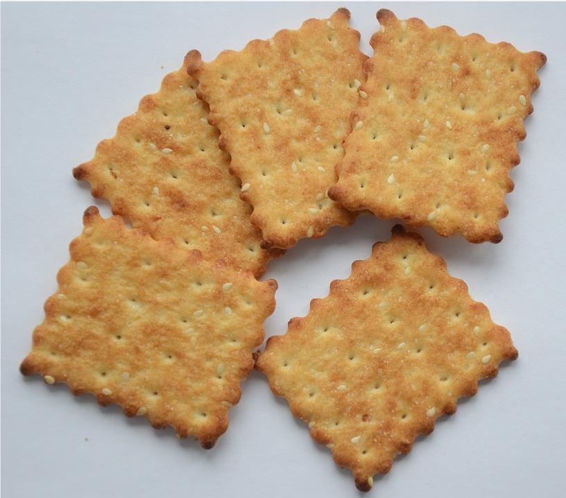 Un lot de biscuiți de la firma Croco a fost retras de pe piață în urma unei alerte europene privind conținutul peste limita admisă a oxidului de etilenă din semințele de susan utilizate în compoziție © pixabay.com/ro