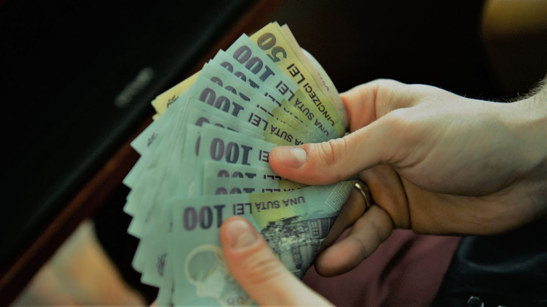 Vești bune! Salariul minim a înregistrat o creștere de 3%. Premierul Florin Câțu a făcut anunțul - Cancan.ro