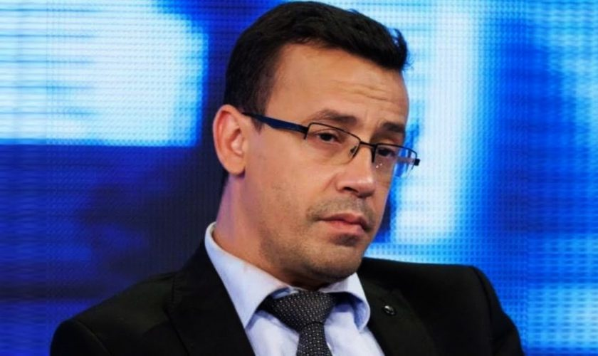 Victor Ciutacu, primul jurnalist din România care s-a vaccinat anti-COVID