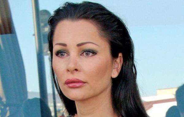 Când Brigitte nu-i acasă, angajații își fac de cap! Soții Pastramă au plecat în Dubai, iar casa a rămas pe mâna  menajerei și a lui nea Marin