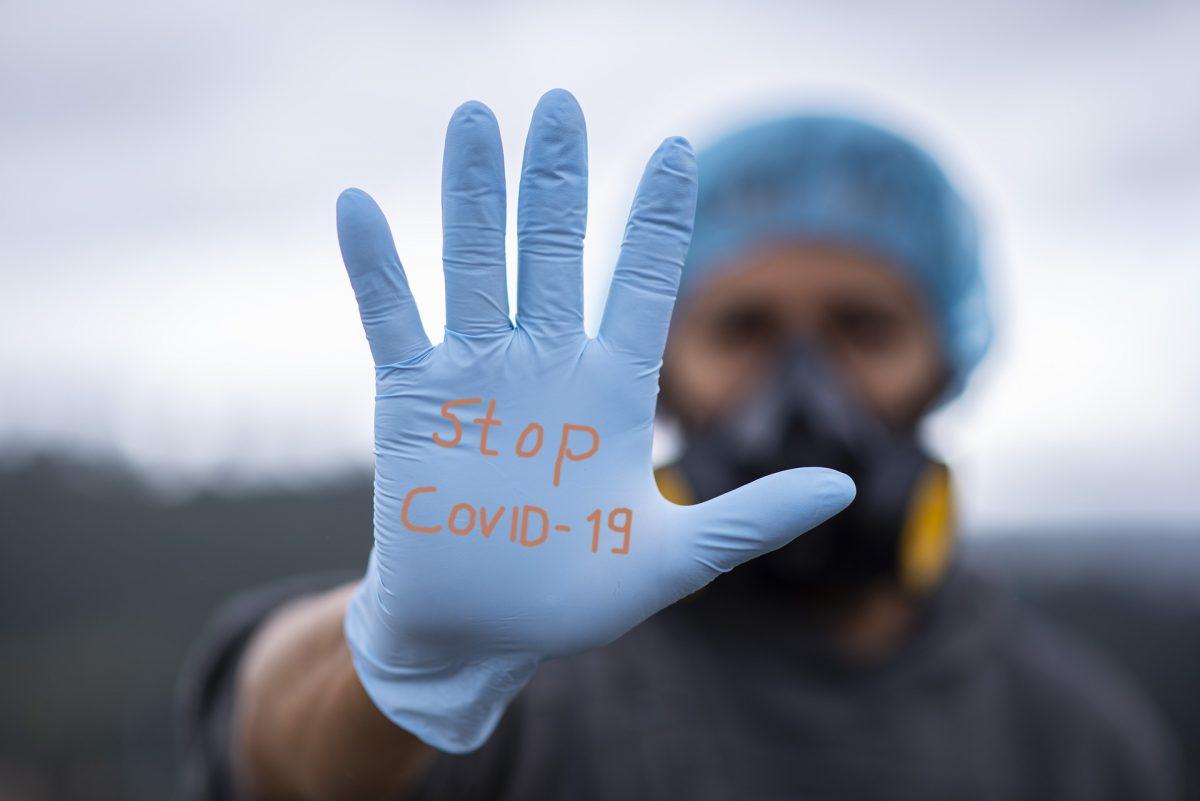 """O nouă tulpină a coronavirusului face ravagii în California. Specialiștii sunt îngrijorați: """"Există riscul unui scenariu de coșmar"""""""
