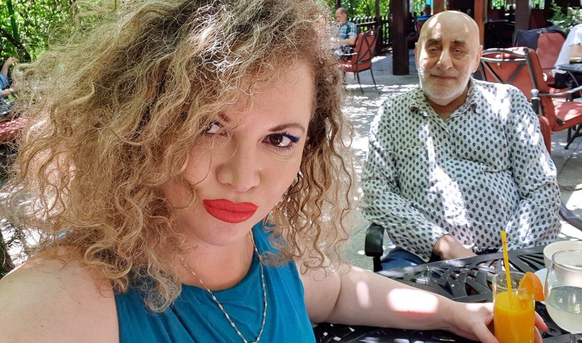 Oana și Viorel Lis, la o terasă din București pe 20 iunie 2020 © Facebook