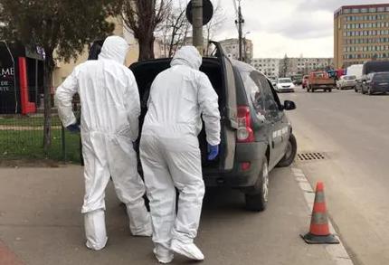 Imagini terifiante la Iași! Femeie moartă și acoperită de fecale, descoperită într-un apartament