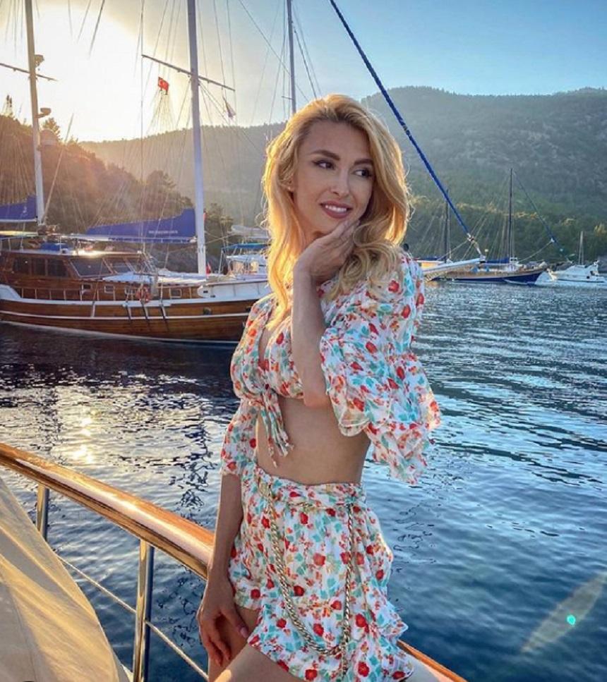 Andreea Bălan, comentată de Raluca Bădulescu pentru CANCAN.RO / Sursă foto: Instagram
